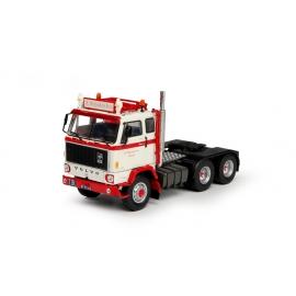 70129 Tekno Volvo F89 6x2 Reijnders